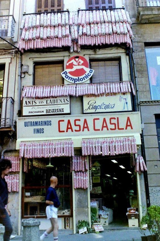 Comercios del Viejo Pamplona: Casa Casla (1905-2002)