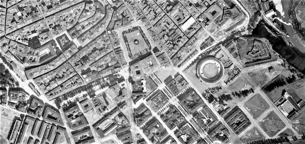Imagenes del ayer: Pamplona, a vista de pájaro (1928-1929)