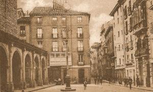 Plazas y calles de ayer y hoy: la plazuela de San Nicolás (1900-1962)