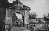 Imagenes del ayer: Las murallas. De la Media Luna a la Taconera (1911-1971)