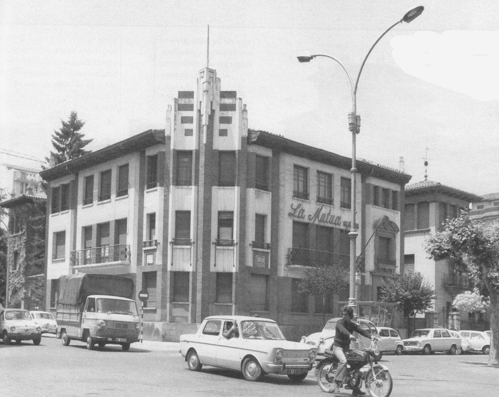 Vehiculos 1980– Viejo Los Aquellos De Años1960 Memorias Pamplona Del XZOPwikTu