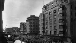 Plazas y calles de ayer y hoy: La Avenida de Carlos III (1923-2003)