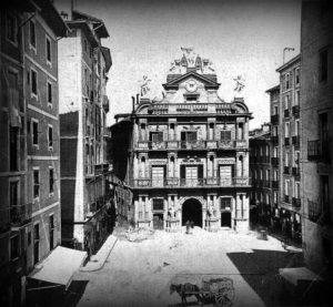 Imagenes del ayer. Pamplona en el último siglo (1898-1939)
